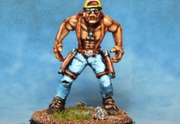 Rocker Drummer With 2 Pistols  (from EM 4 miniatures - Future skirmish)