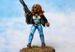 Bikers Female Auto Shotgun (from EM 4 miniatures - Future skirmish)