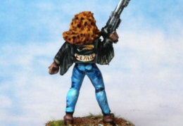 Bikers Female Auto Shotgun back (from EM 4 miniatures - Future skirmish)